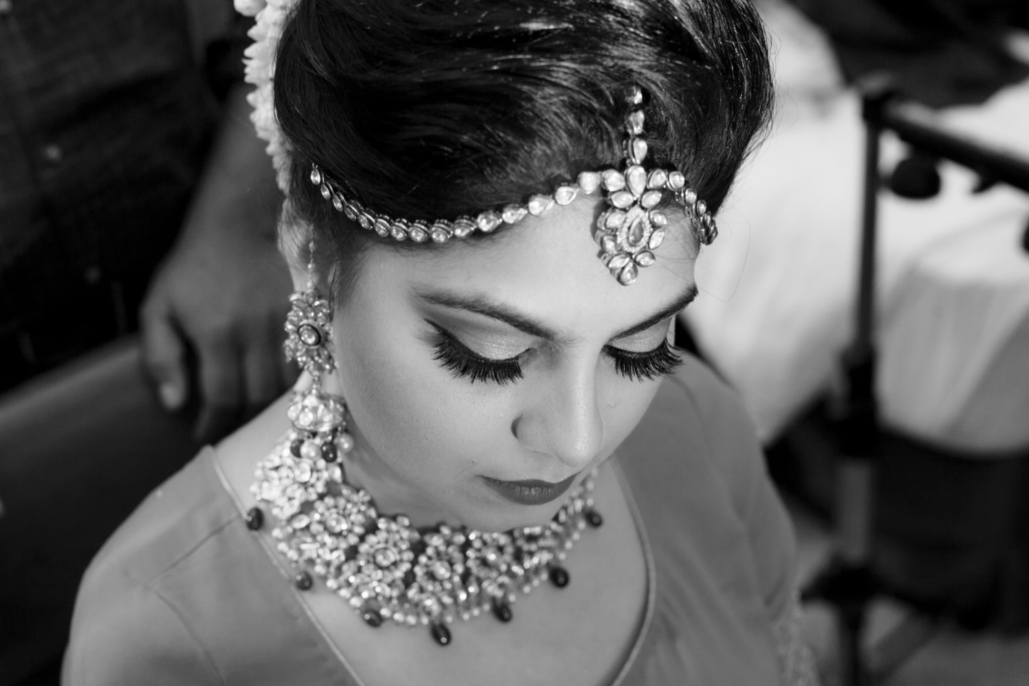One Lace Tier Polki Kundan Mang Tikka by Arpit Gulati Wedding-photography | Weddings Photos & Ideas