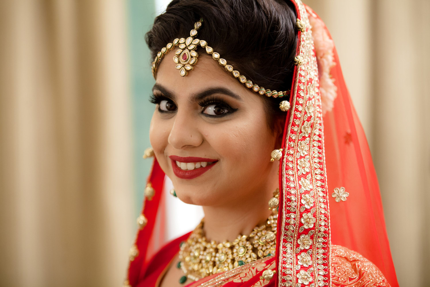 Flawless Captivating Smile by Arpit Gulati Bridal-makeup Bridal-jewellery-and-accessories | Weddings Photos & Ideas