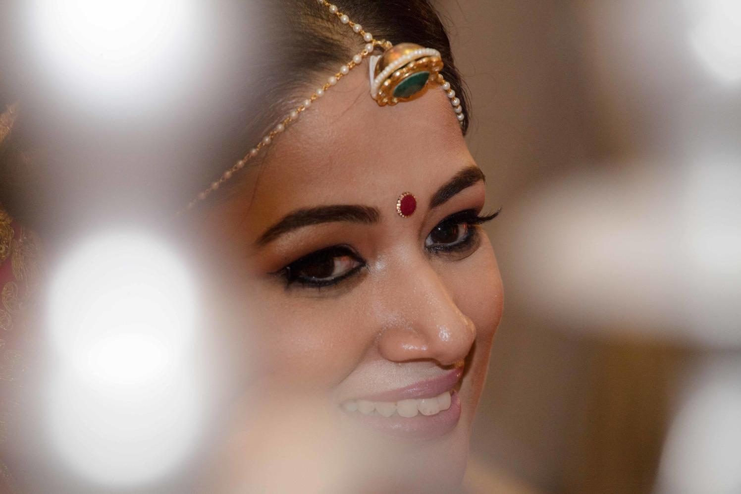 Borla Mang tikka With Emerald Green Gem by Arpit Gulati Wedding-photography Bridal-jewellery-and-accessories   Weddings Photos & Ideas
