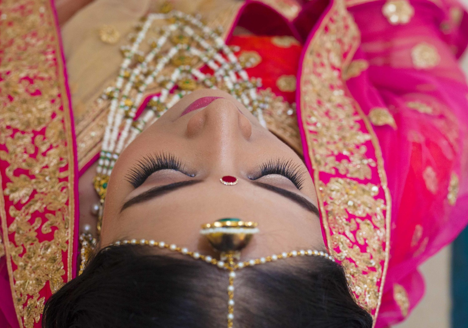 Borla Mang Tikka by Arpit Gulati Wedding-photography Bridal-makeup | Weddings Photos & Ideas