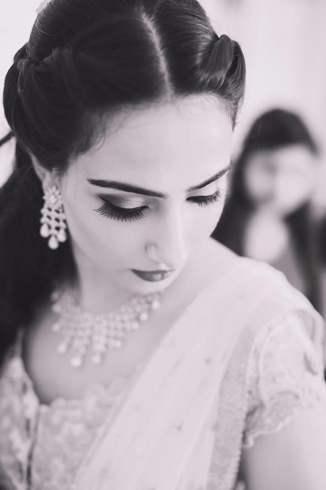 Alluring beauty in black and white by Tejasvini Chander Bridal-makeup | Weddings Photos & Ideas