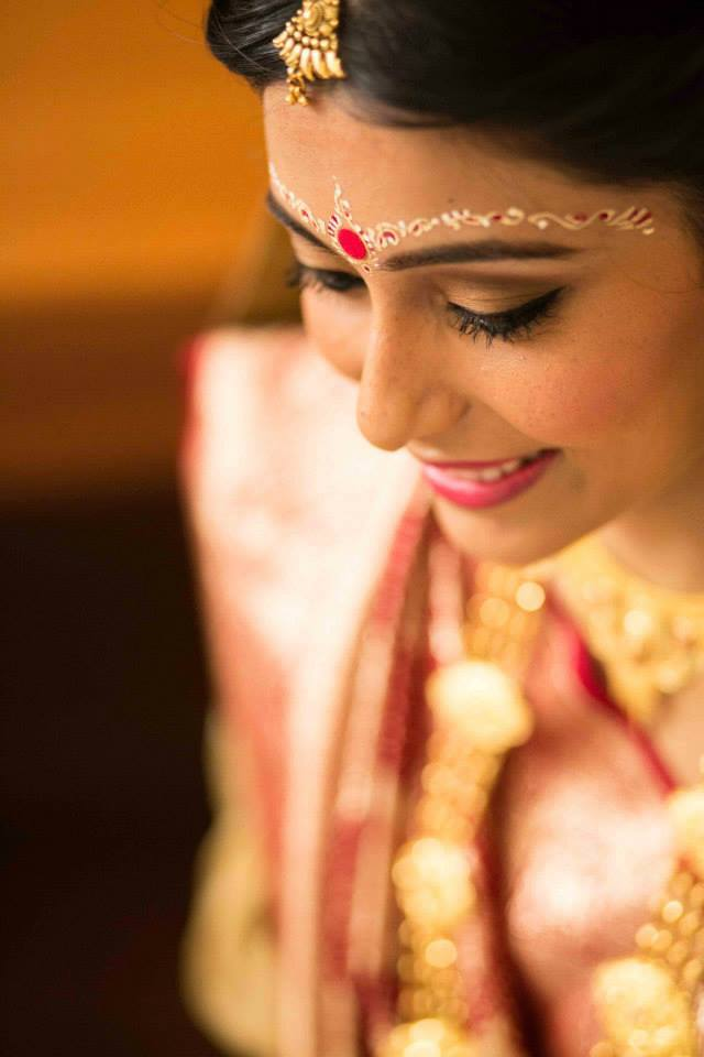 Candid click of a bride by Tejasvini Chander Wedding-photography | Weddings Photos & Ideas