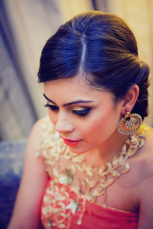 Cocktail party makeup by Jhalak Parswani Bridal-makeup | Weddings Photos & Ideas