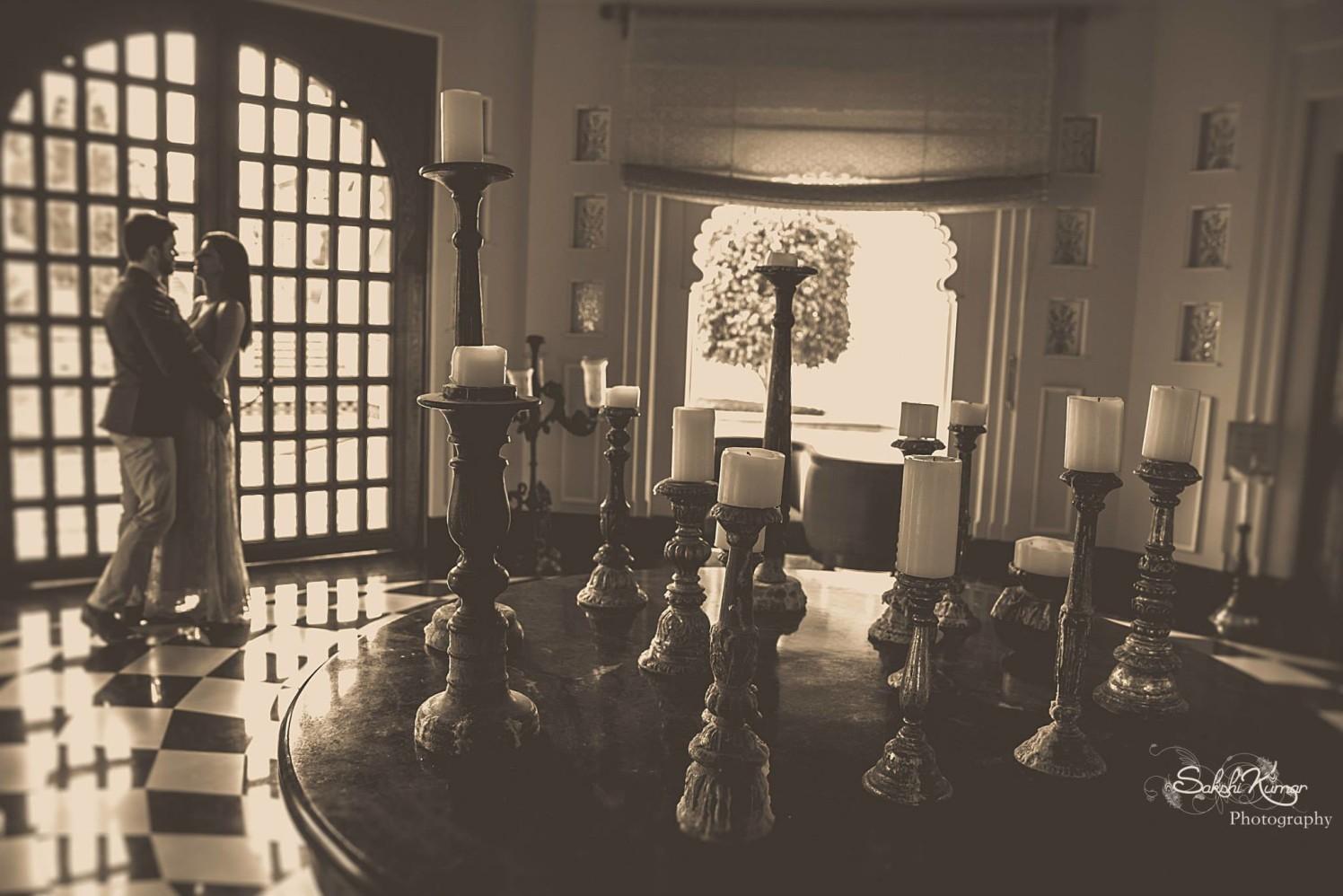 A Royal Candle Decor Setup For A Regal Pre-Wedding Shoot by Sakshi Kumar Wedding-photography Wedding-decor | Weddings Photos & Ideas