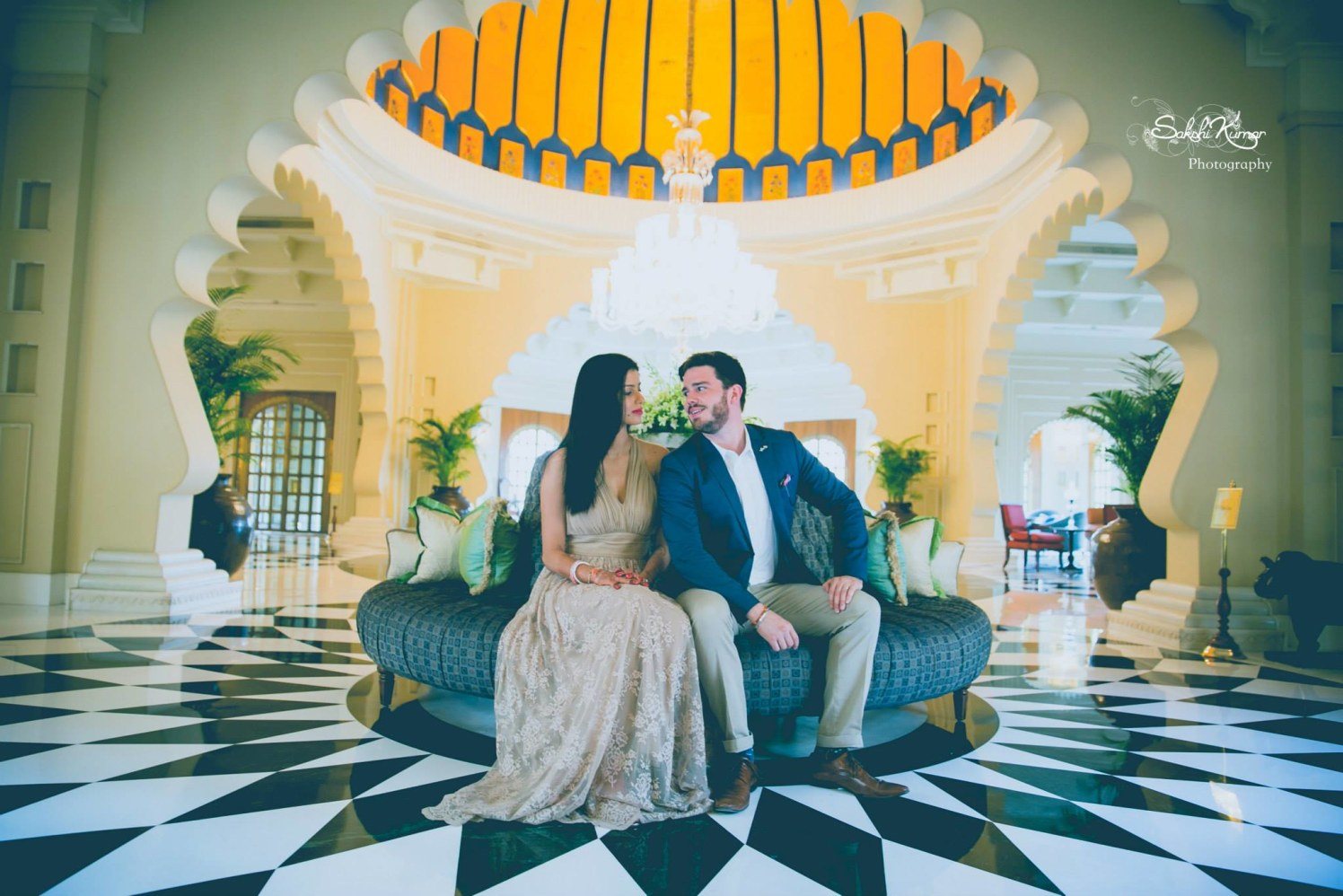 Enthralling Glimpse Of A Couple In A Sumptuous Royal Setup by Sakshi Kumar Wedding-photography | Weddings Photos & Ideas