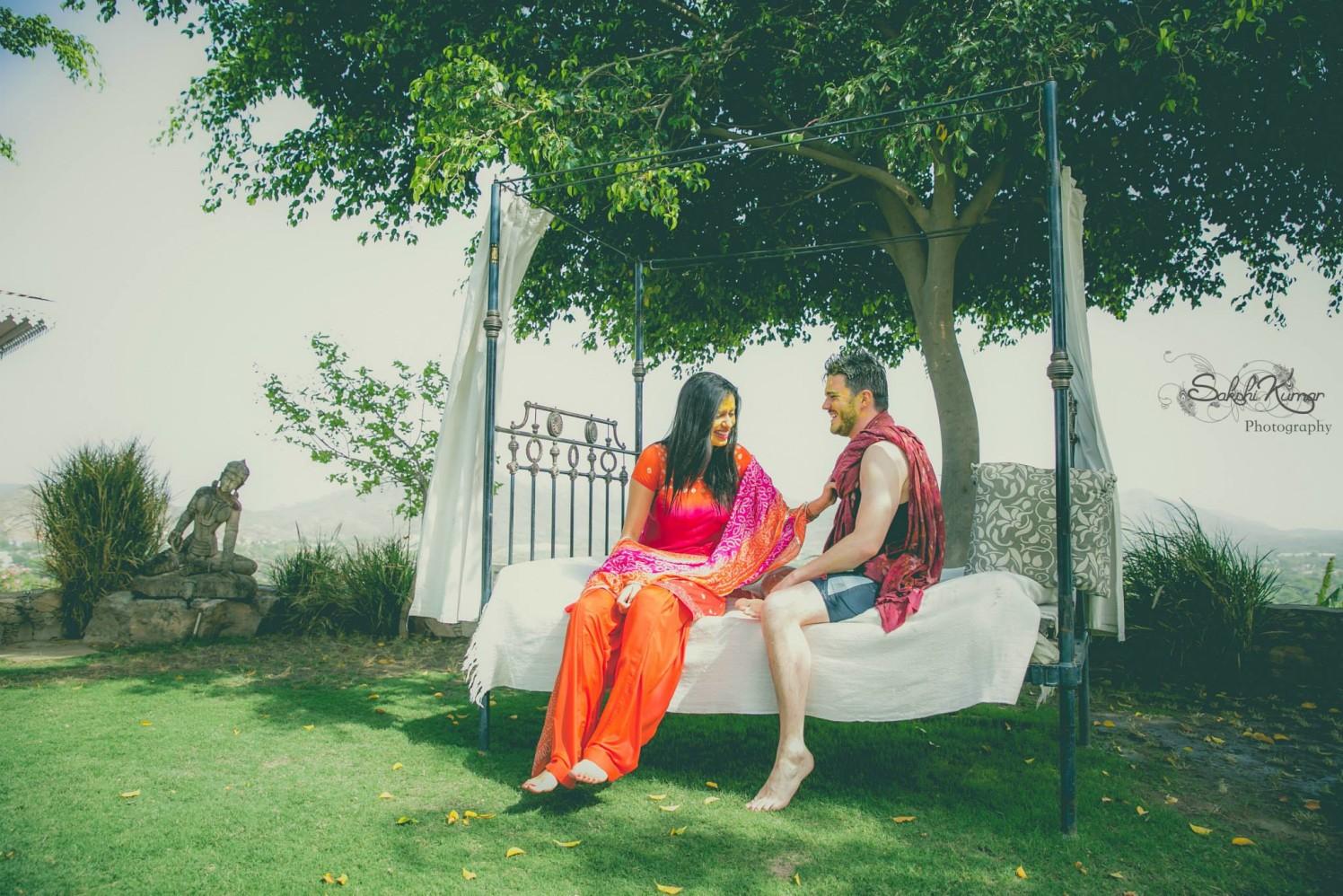 Haldi Tinted Jolly Couple by Sakshi Kumar Wedding-photography | Weddings Photos & Ideas