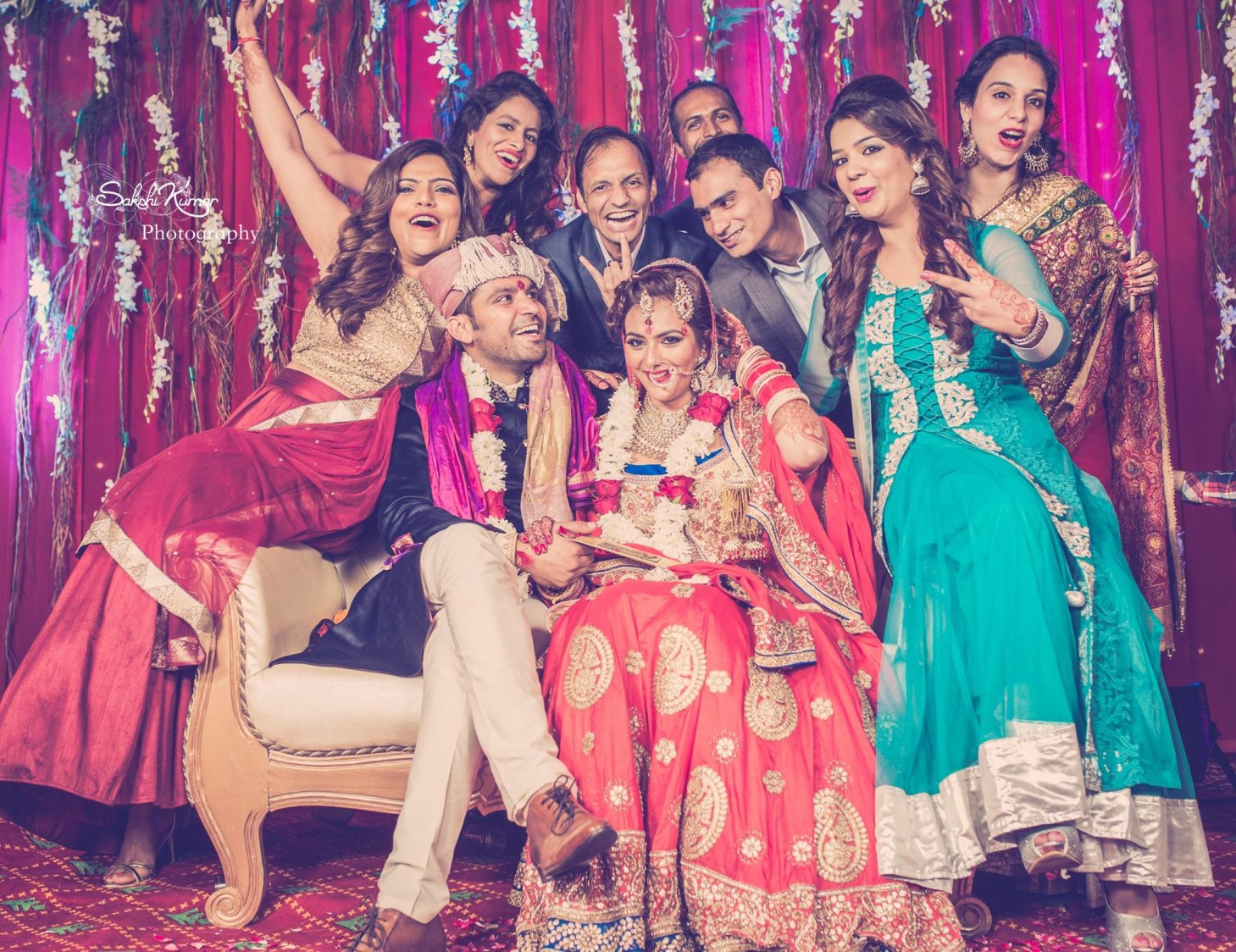 A Jovial Scintillating Family Picture by Sakshi Kumar Wedding-photography | Weddings Photos & Ideas
