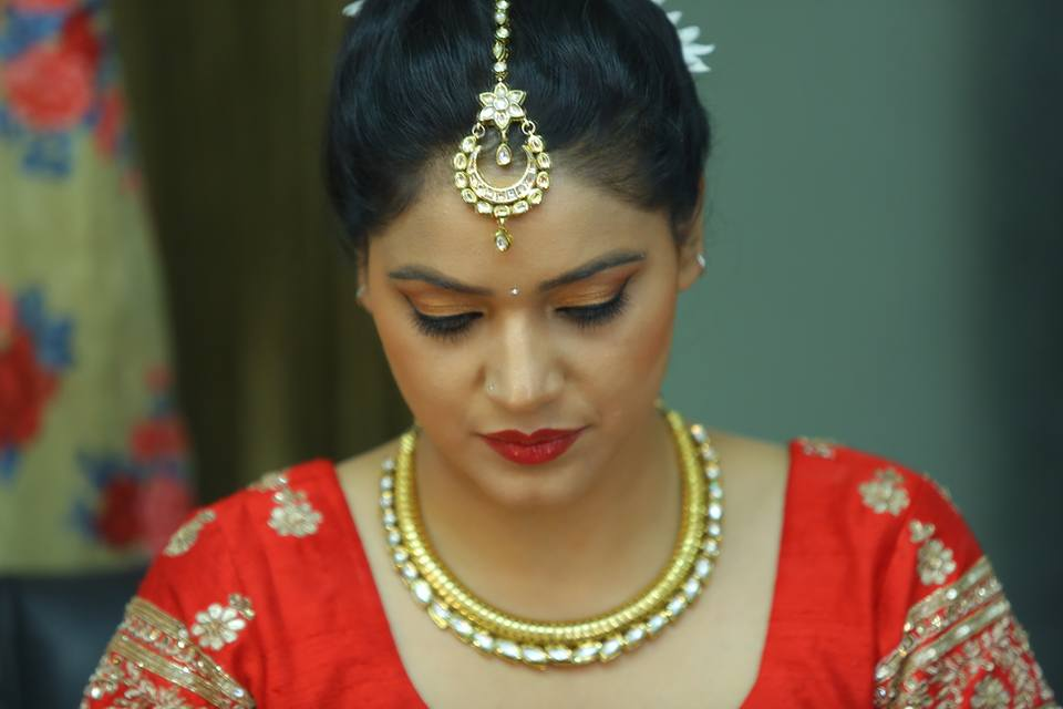 Her Maang tika be so perfect! by Arshhia Chawla Wedding-photography | Weddings Photos & Ideas