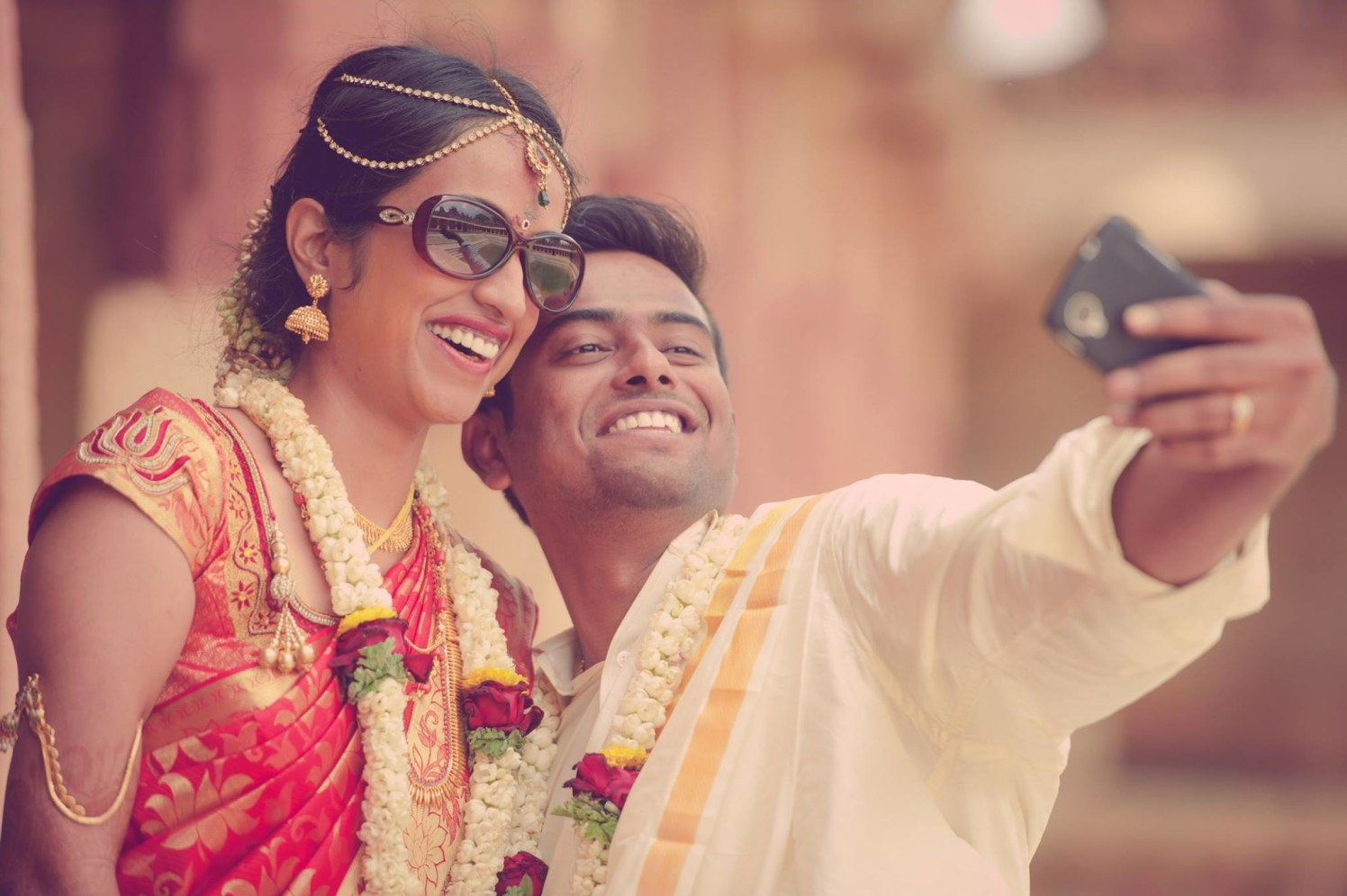 Bride And Groom Clicking Selfies On Their Wedding Day by Dushyantha Kumar C Wedding-photography | Weddings Photos & Ideas