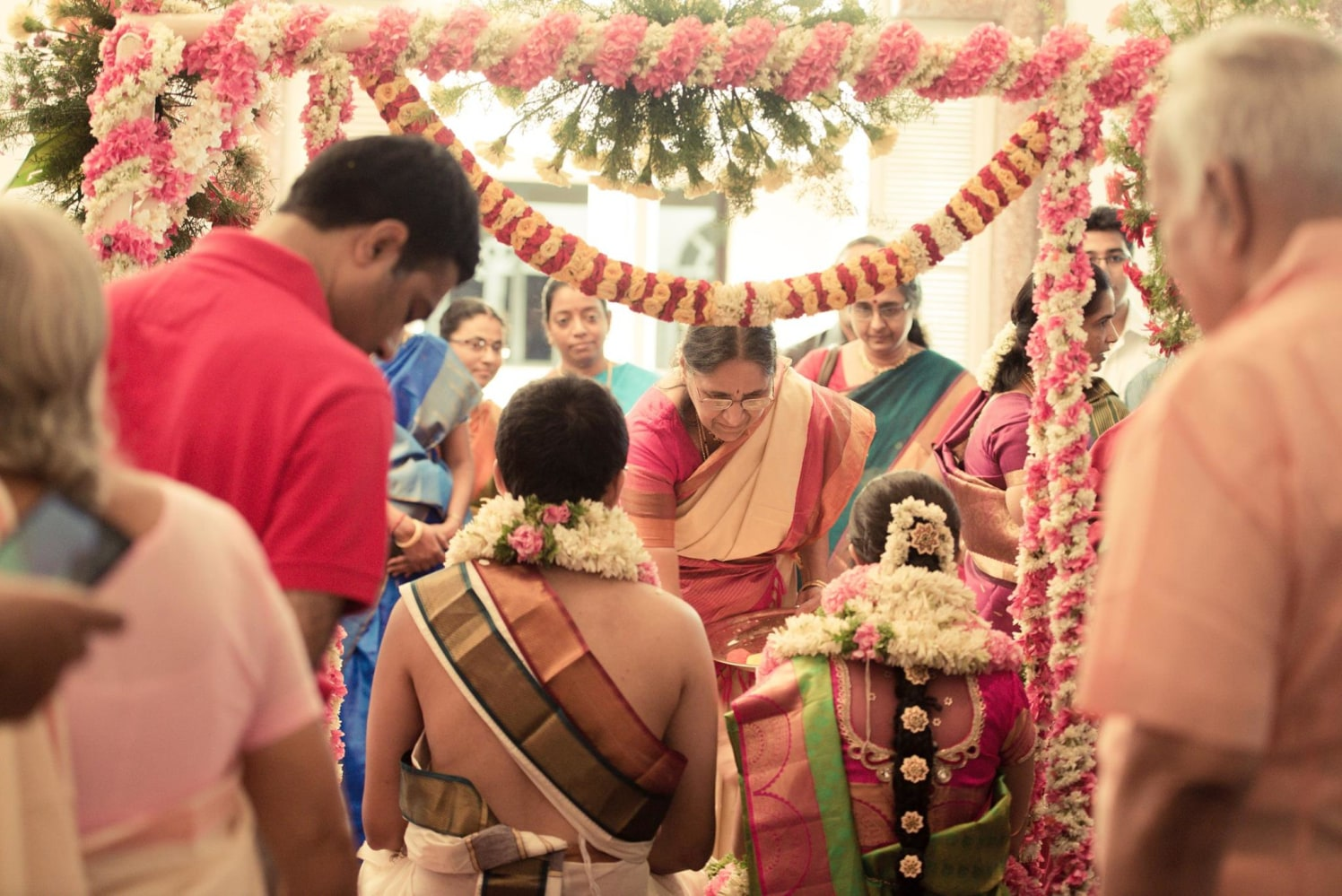 Flower decor ideas by Click n' Cherish Wedding-photography | Weddings Photos & Ideas