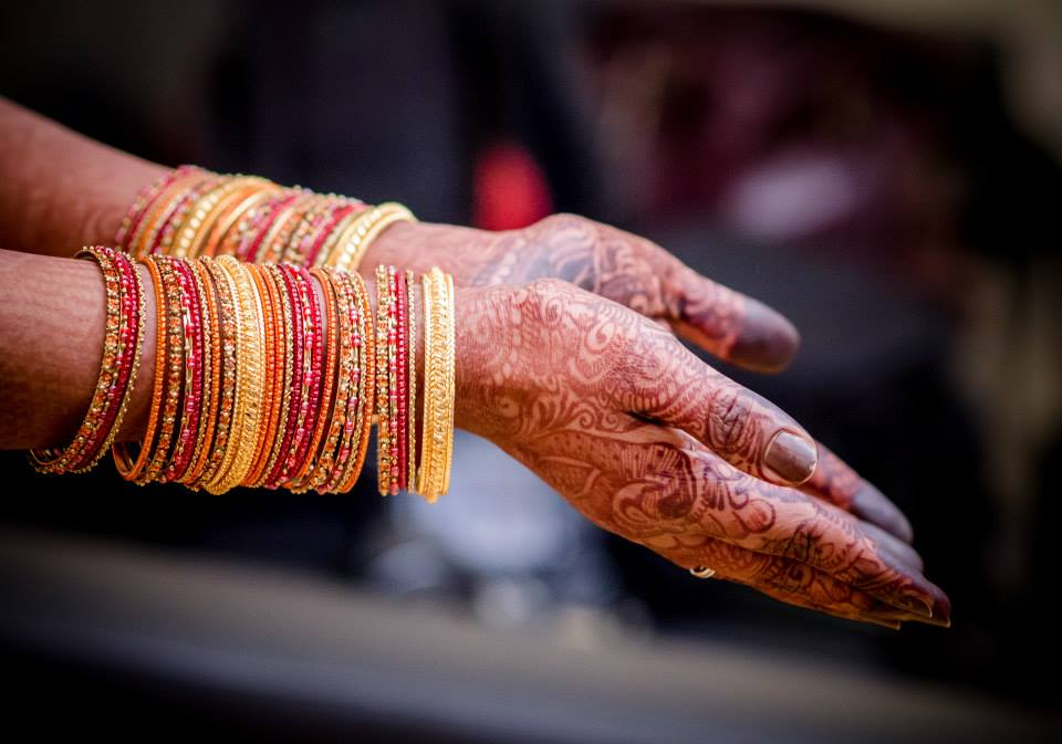 Beautiful Bangles With Golden Kadas by Dushyantha Kumar C Bridal-jewellery-and-accessories | Weddings Photos & Ideas