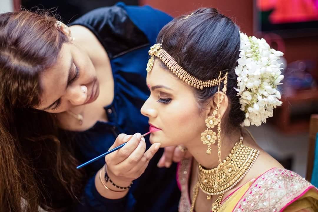 Prominent looks by Mya Dang Bridal-makeup | Weddings Photos & Ideas