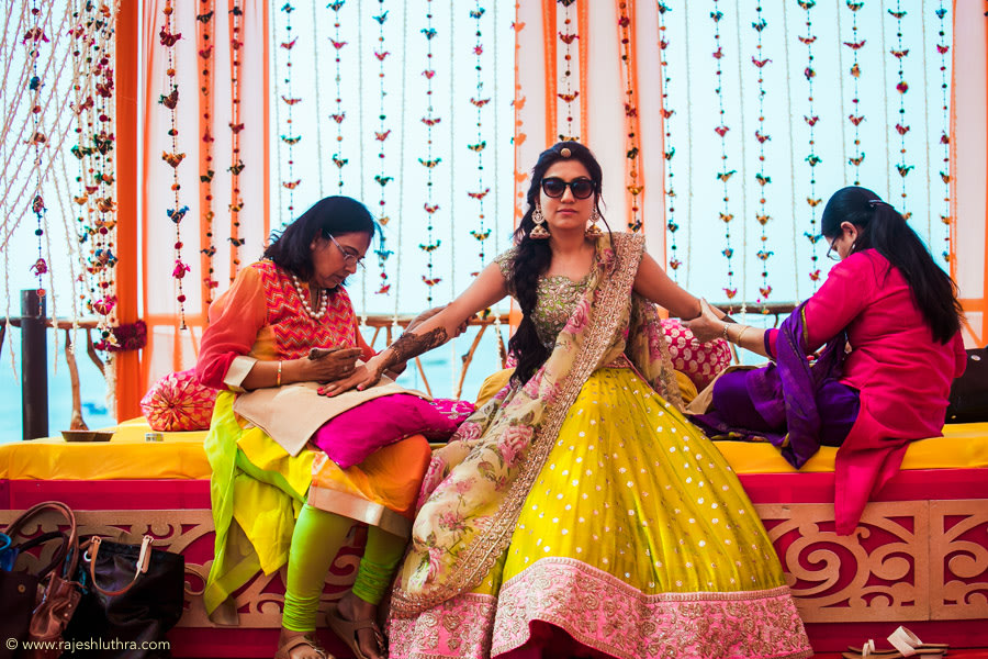 Mehendi  Adorned Outdoor Ceremony by Rajesh Luthra Wedding-photography | Weddings Photos & Ideas