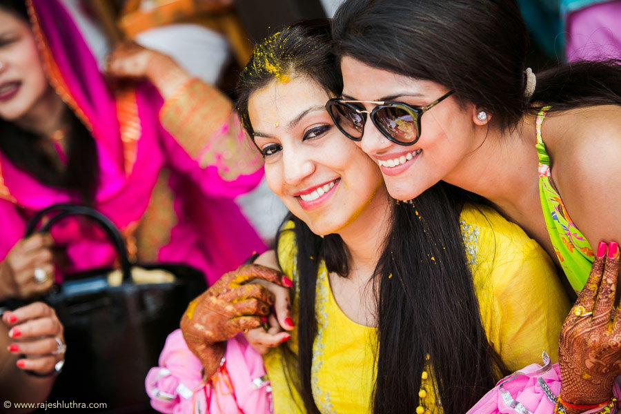 Haldi With The Bridesmaid by Rajesh Luthra Wedding-photography | Weddings Photos & Ideas