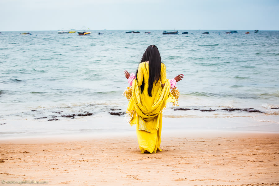 Bride By The Beach by Rajesh Luthra Wedding-photography | Weddings Photos & Ideas