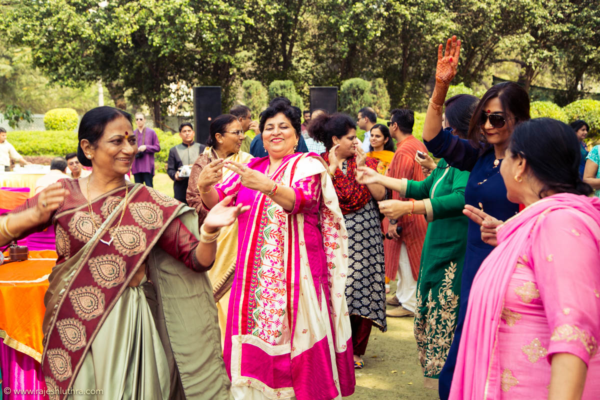 Dancing joy by Rajesh Luthra Photography Wedding-photography | Weddings Photos & Ideas