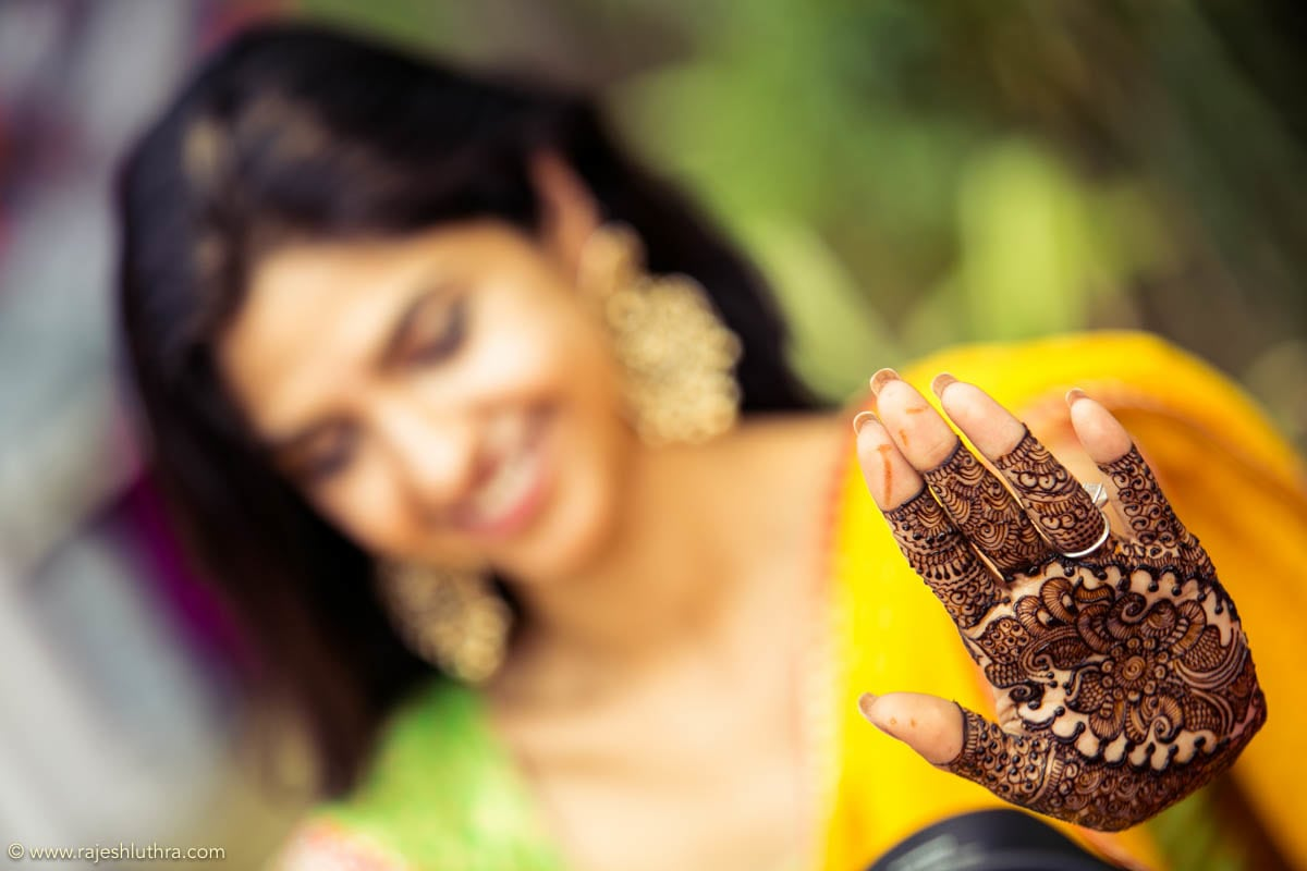 Henna Adorned Hands by Rajesh Luthra Wedding-photography | Weddings Photos & Ideas