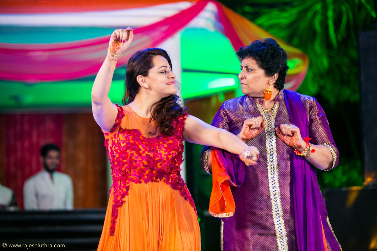 Dancing ladies by Rajesh Luthra Photography Wedding-photography | Weddings Photos & Ideas