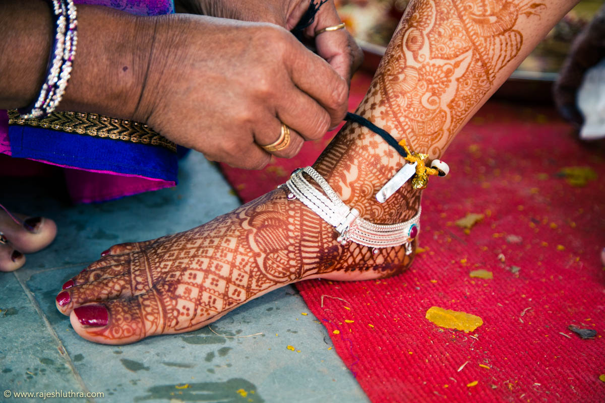 Layered silver anklet by Rajesh Luthra Photography Wedding-photography | Weddings Photos & Ideas