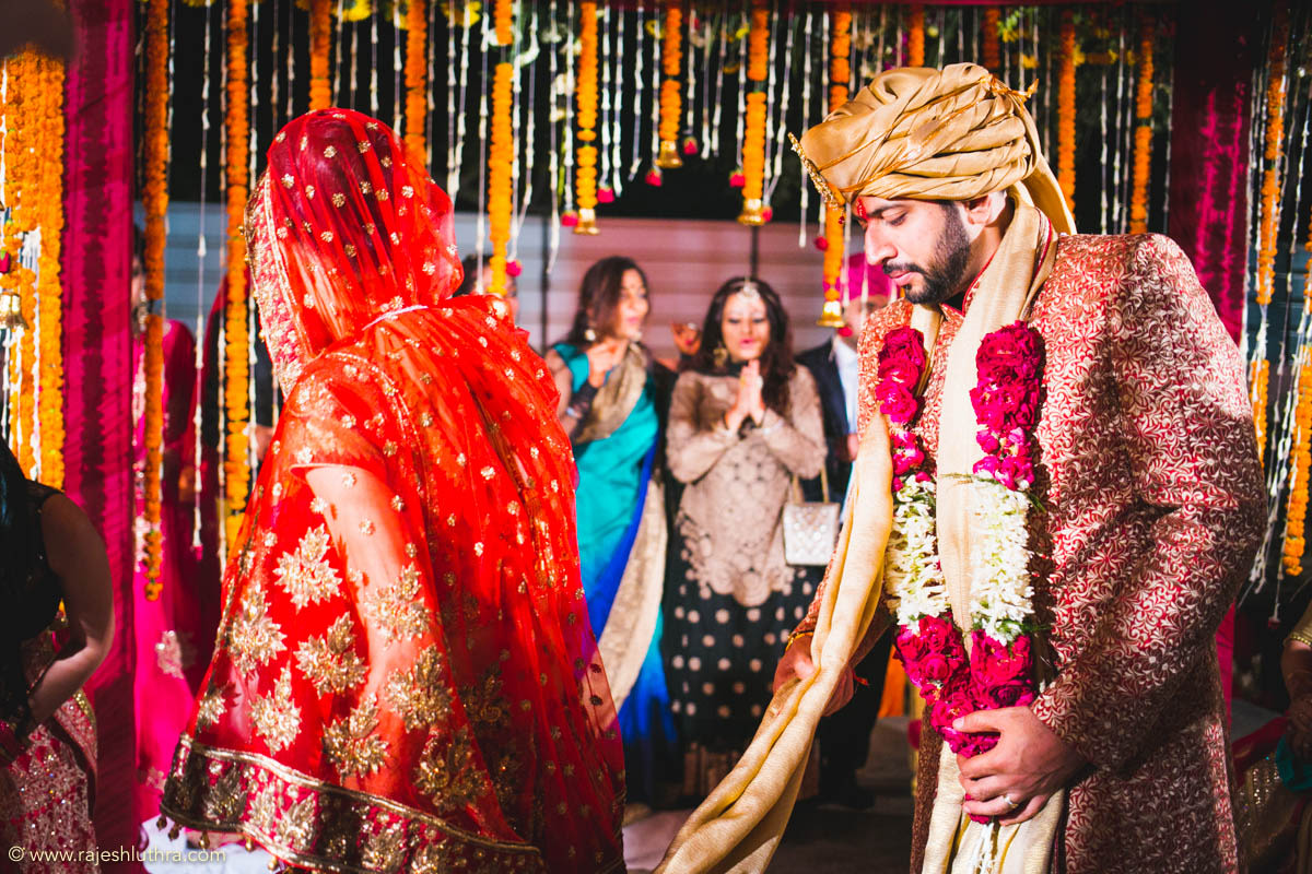 Striking lehenga by Rajesh Luthra Photography Wedding-photography | Weddings Photos & Ideas