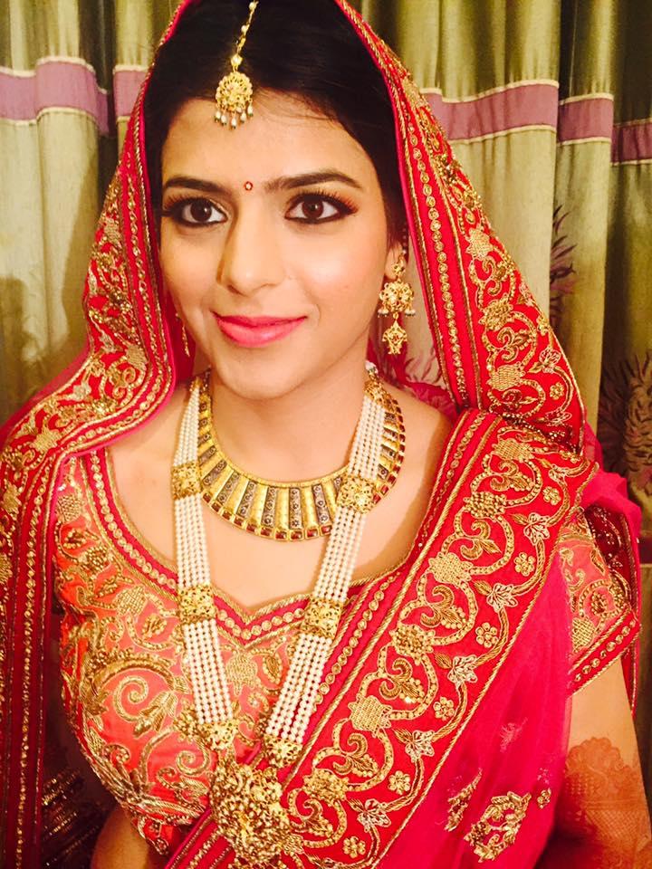 Aesthetic bridal gape by Aarti Makker professional Makeup Artist Bridal-makeup | Weddings Photos & Ideas