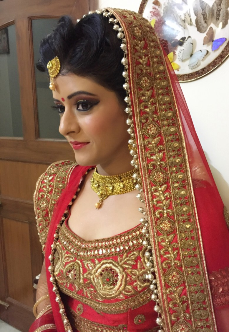 Going in for a preen look by Richa Malik Bridal-makeup | Weddings Photos & Ideas