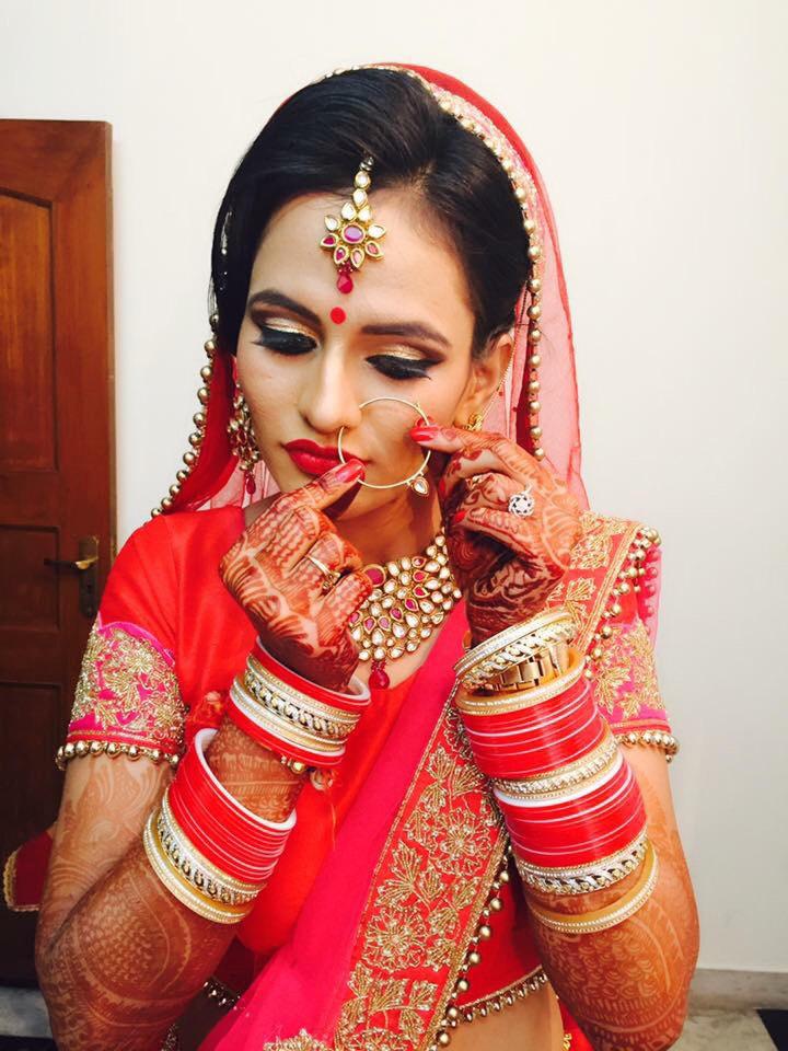 All ritzy! by Richa Malik Bridal-makeup | Weddings Photos & Ideas