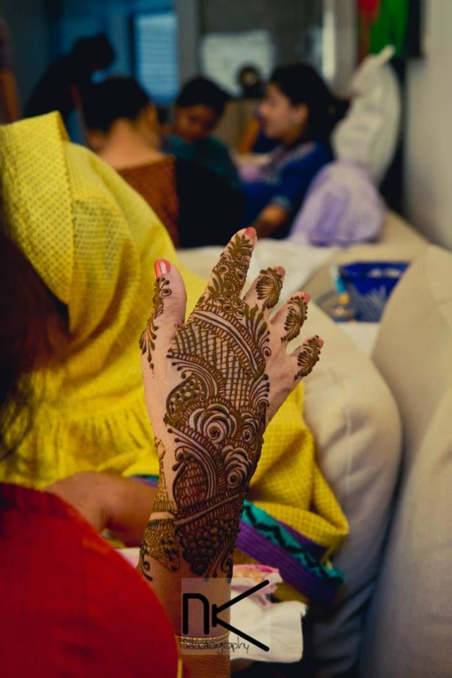 Mehndi ceremony on point by Nikhil Kapur Photography Wedding-photography | Weddings Photos & Ideas