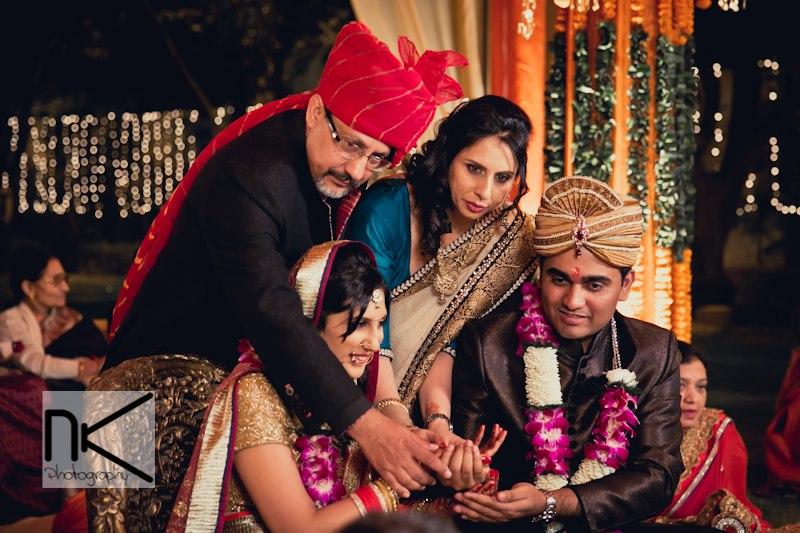 Family shots captured best by Nikhil Kapur Photography Wedding-photography | Weddings Photos & Ideas