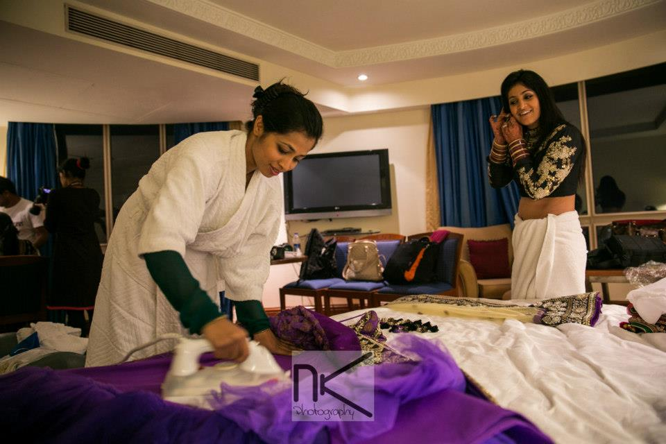 Bride gets caught up in preparations by Nikhil Kapur Photography Wedding-photography | Weddings Photos & Ideas