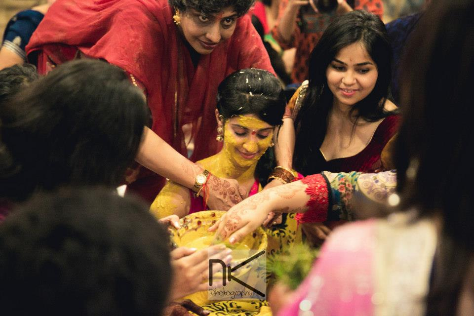Haldi ceremony takes place in full swing by Nikhil Kapur Photography Wedding-photography | Weddings Photos & Ideas