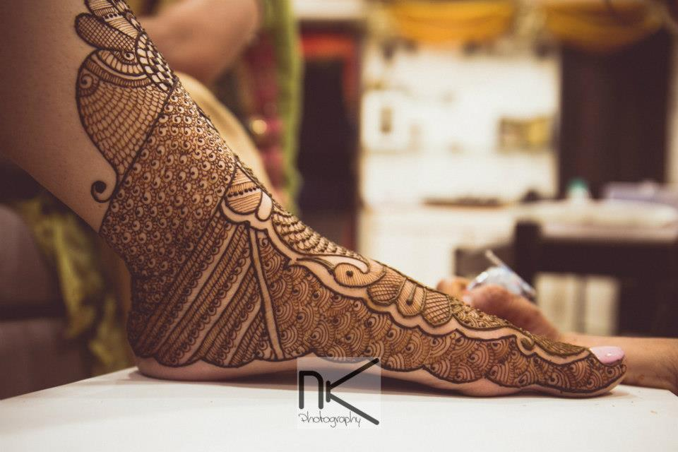 Just the mehendi design  you want by Nikhil Kapur Photography Wedding-photography | Weddings Photos & Ideas