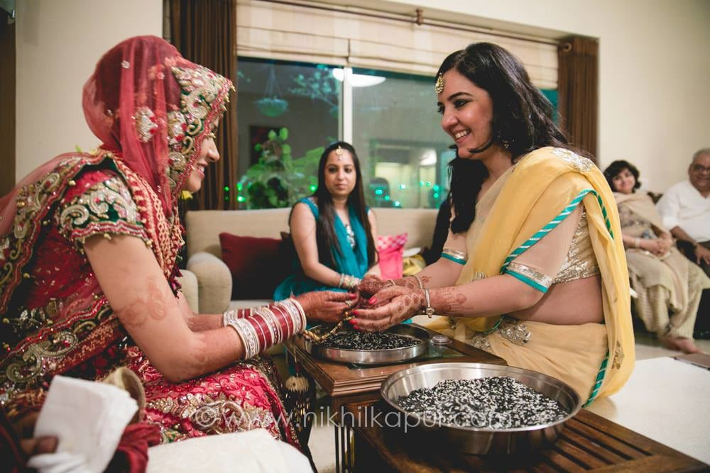 The rasams begin by Nikhil Kapur Photography Wedding-photography | Weddings Photos & Ideas