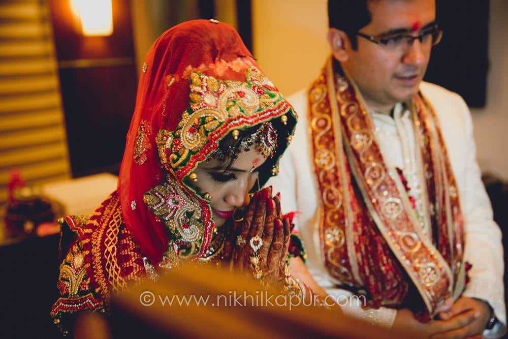 The bride goes sanskari by Nikhil Kapur Photography Wedding-photography | Weddings Photos & Ideas