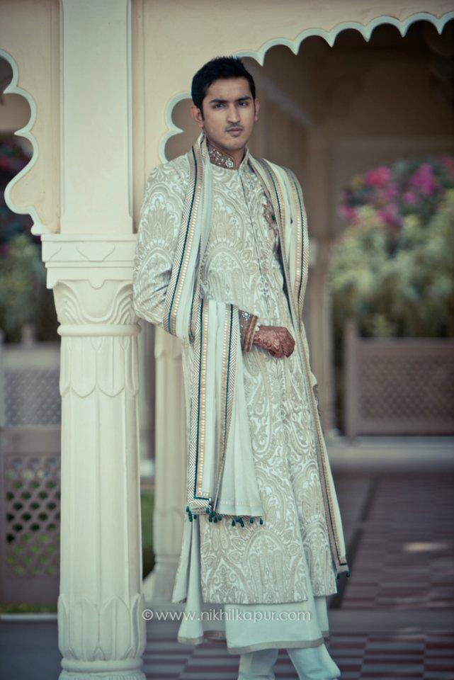 The groom look of the day by Nikhil Kapur Photography Wedding-photography | Weddings Photos & Ideas
