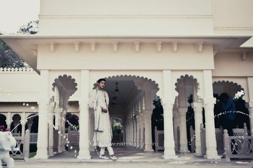 The groom pose of the day by Nikhil Kapur Photography Wedding-photography | Weddings Photos & Ideas