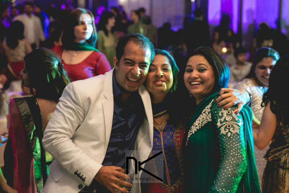 Family shots captured best by Nikhil Kapur Photography Wedding-photography | Weddings Photos & Ideas