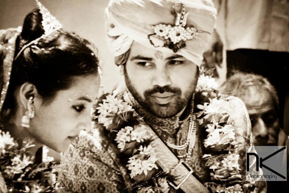 The Couple Goes Candid by Nikhil Kapur Wedding-photography | Weddings Photos & Ideas