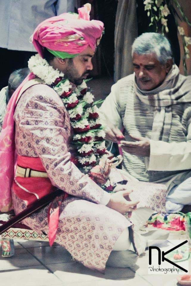 Performing Rituals by Nikhil Kapur Wedding-photography | Weddings Photos & Ideas