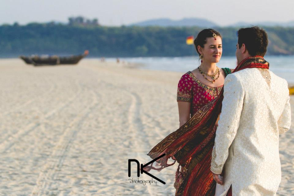 Hitched Couple Posing by Nikhil Kapur Photography Wedding-photography | Weddings Photos & Ideas