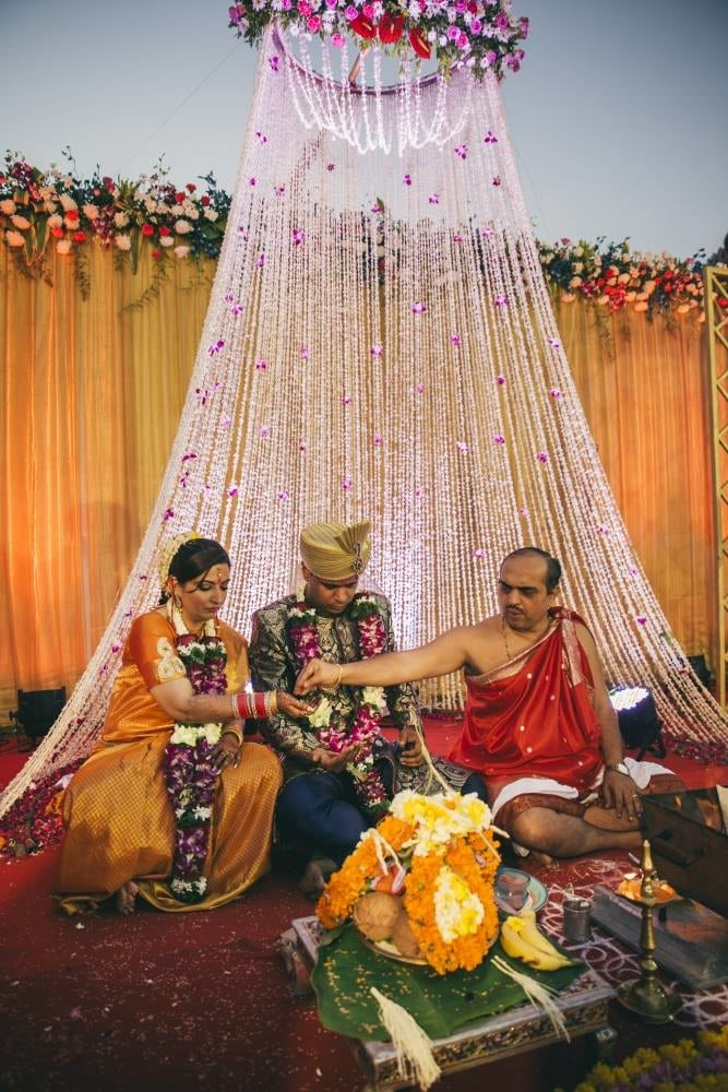 A flower curtain by Nikhil Kapur Photography Wedding-photography | Weddings Photos & Ideas