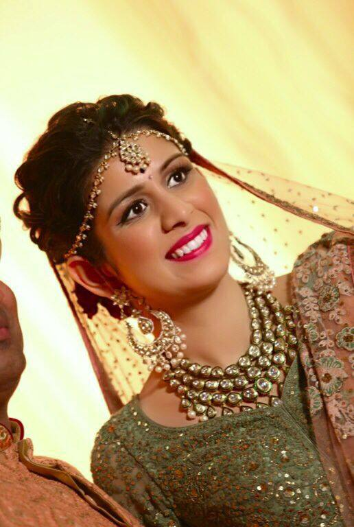 Gracefully carrying her bridal look! by Nishi Singh Bridal-makeup | Weddings Photos & Ideas