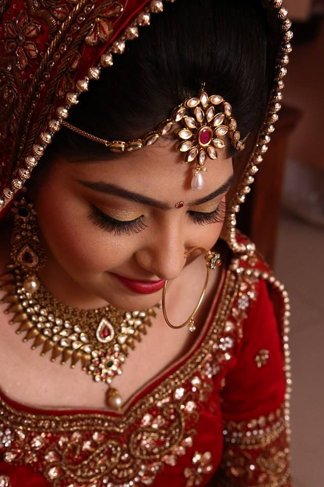 Natural yet classy! by Nishi Singh Bridal-makeup | Weddings Photos & Ideas
