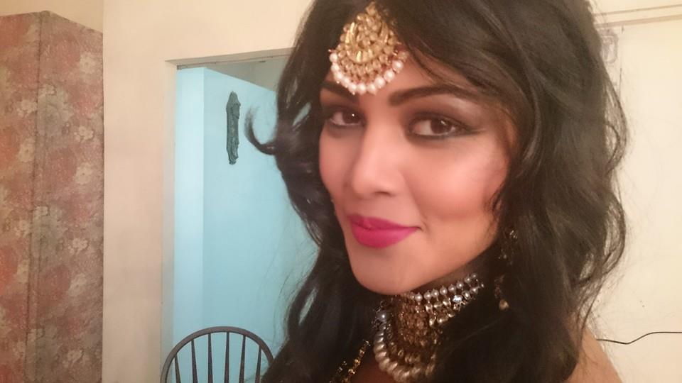 Pretty Bride by Nishi Singh Bridal-makeup | Weddings Photos & Ideas