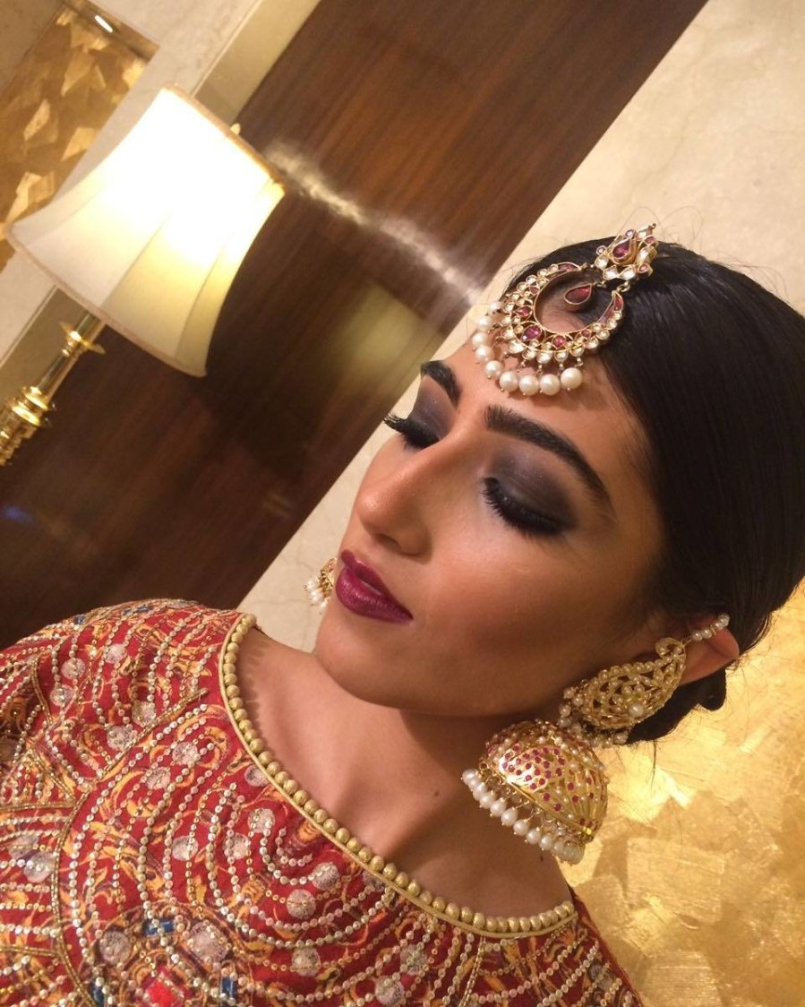 Bold reception look by Nishi Singh Bridal-makeup | Weddings Photos & Ideas