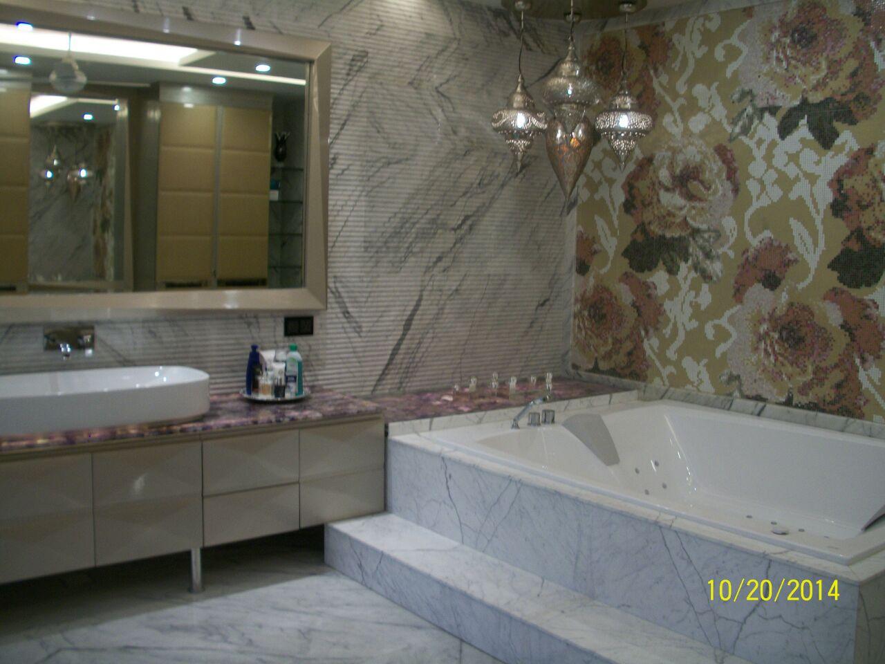 Built In Bathtub In Bathroom by Khayati Bathroom Contemporary   Interior Design Photos & Ideas