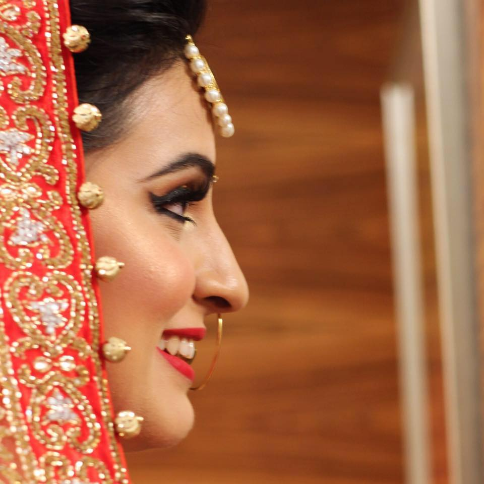 Highlighter ablaze by Pooja Sonik Shukla Bridal-makeup | Weddings Photos & Ideas