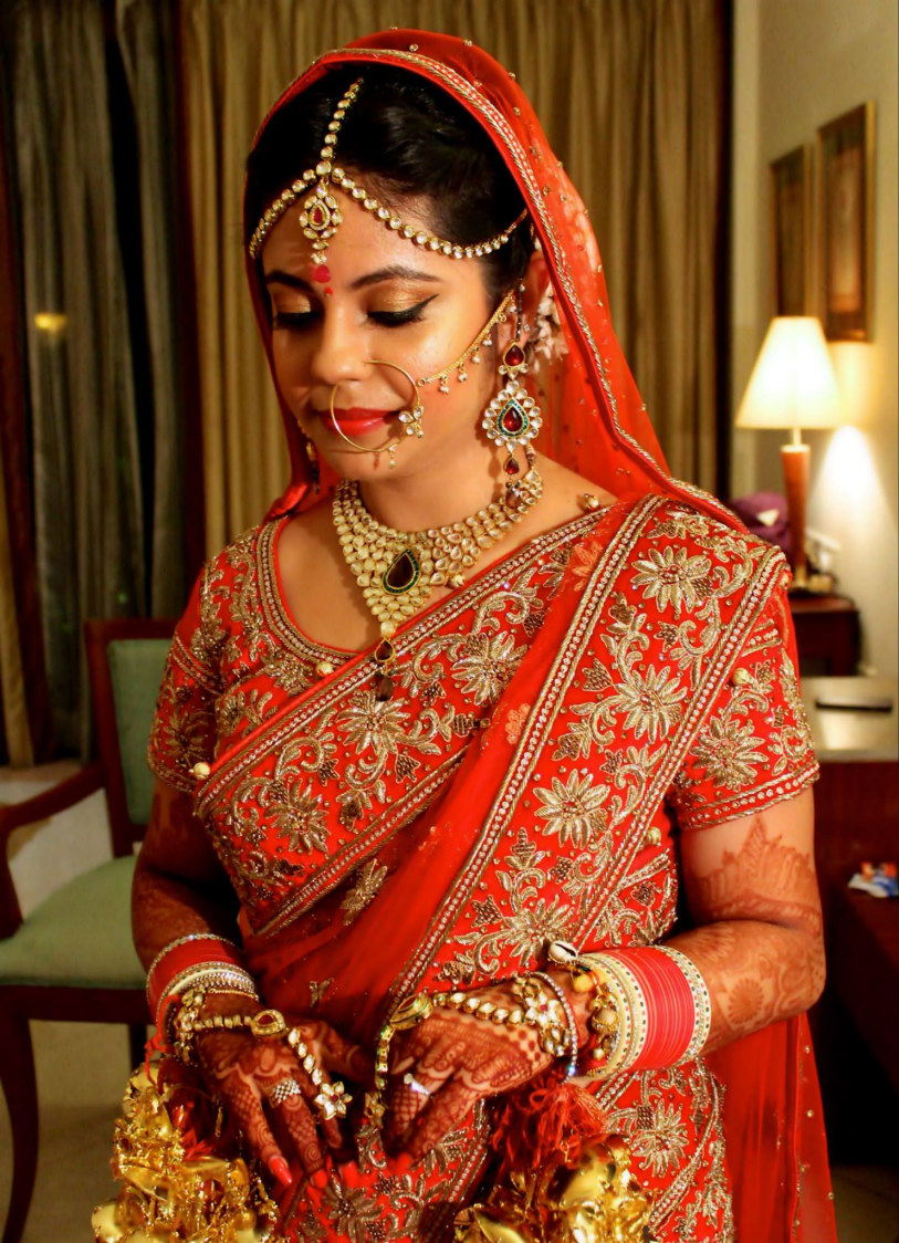 Keep the highlighter on! by Ayushi Tayal Bridal-makeup | Weddings Photos & Ideas