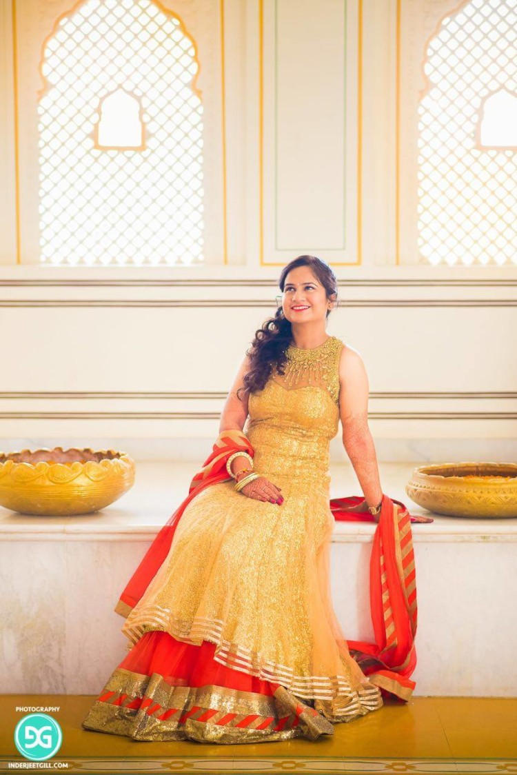 Loving the fusion of colors by Ayushi Tayal Wedding-photography | Weddings Photos & Ideas