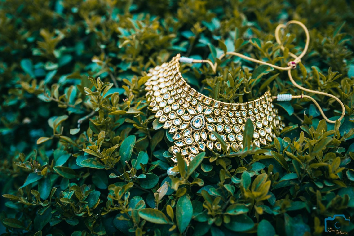 Striking necklace of bride by ULike Fotographia Wedding-photography | Weddings Photos & Ideas
